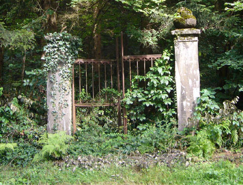 abandoned cemeteries on pinterest abandoned old
